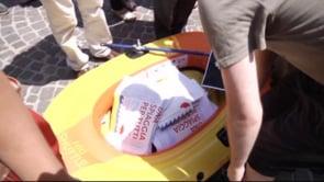 Spiaggia Pubblica – Consegnate al Comune di Napoli 14mila firme.
